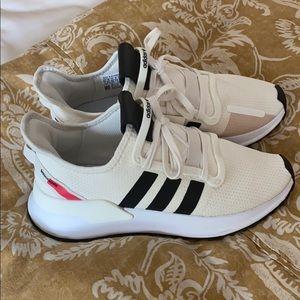 Adidas U Path Run Sneakers
